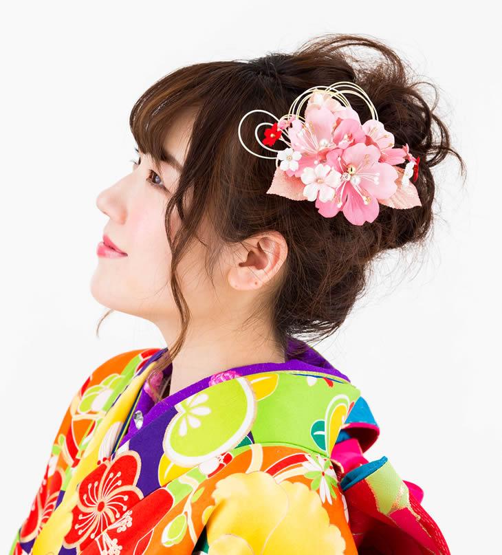【髪飾り 成人式 振り袖】 桜の髪飾り 花かんざし2点セット さくら ピンク 花 【卒業式の袴 和装の結婚式 七五三や浴衣、着物に】