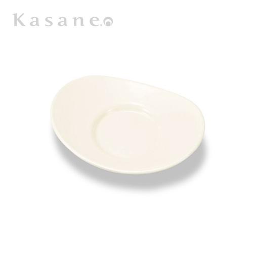 《漆器 山久漆工Kasane》ちょっとワンランク上のおもてなしに役に立つ小さな茶托 《週末限定タイムセール》 保証 小判の形をしたかわいいサイズ 白 小さな小判茶托