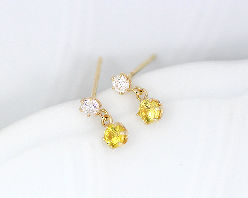 K18 0.1ct ダイヤモンド イエロー サファイア ピアス