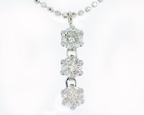Pt900 0.5ctダイヤモンド3ストーンペンダント