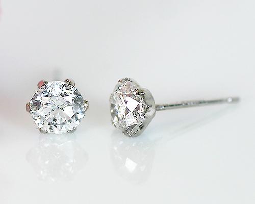 Pt 0.8ct 一粒ダイヤピアス 天然 ダイヤモンド 6爪 シンプル 定番 鑑別書 プラチナ