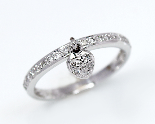 15 Ct Diamond Heart Charm Ring
