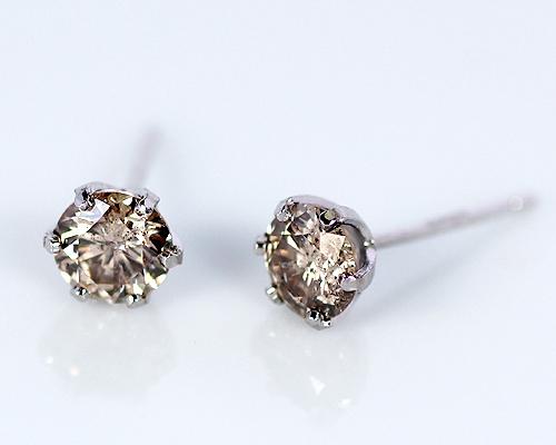 K18WG 0.7ct ブラウン ダイヤモンド イヤリング ピアス