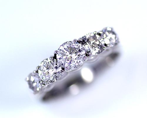 Pt1.0ctダイヤモンド一文字リング