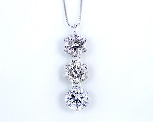 驚きの価格が実現! Pt 2.5ct ダイヤモンド3ストーンペンダント 【鑑別書付】 【】, スポーツフィールド:3975a792 --- promilahcn.com