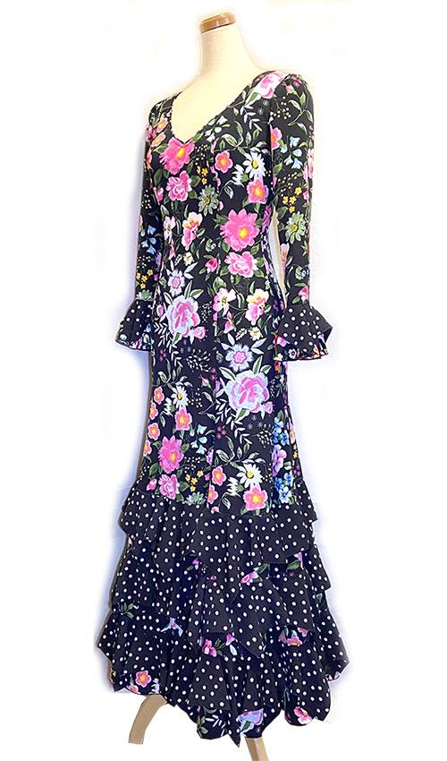 1点 1点 ◆高品質 オーダーをお受けしてからお作りするフラメンコドレスです オーダー 上品 ジグザグフリルワンピ 黒地にマルチカラー花柄 ワンピース 発表会 群舞 フラメンコ衣装 送料無料