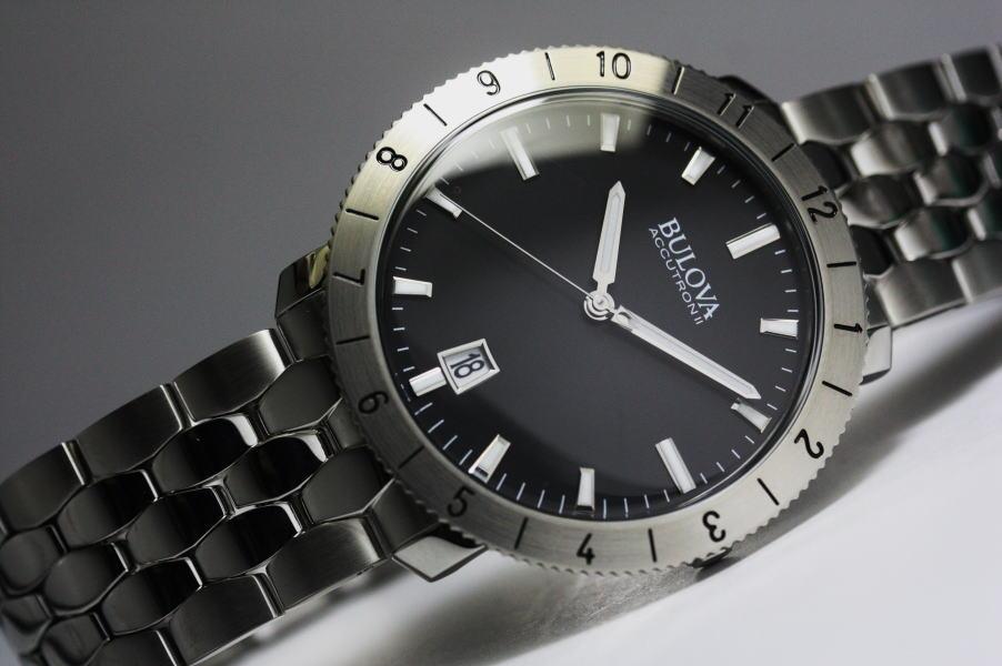 BULOVA【ブローバ】MOONVIEW【ムーンビュー】クォーツ腕時計/正規代理店商品
