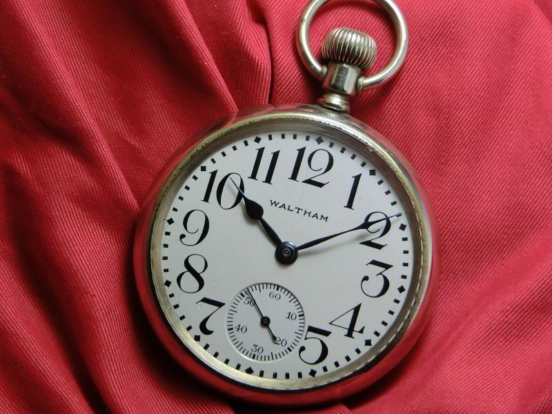【中古】1920~21年のアメリカ製WALTHAM【ウォルサム】手巻きポケットウォッチ鉄道時計/懐中時計