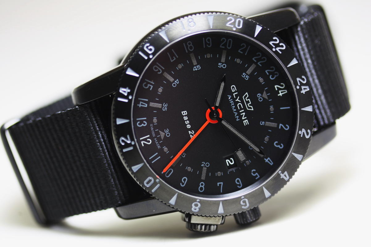 With the GMT! Made in Switzerland GLYCINEAirman Base 22 airmen, base 22 MYSTERYGMT automatic winding watch / military pilot watch