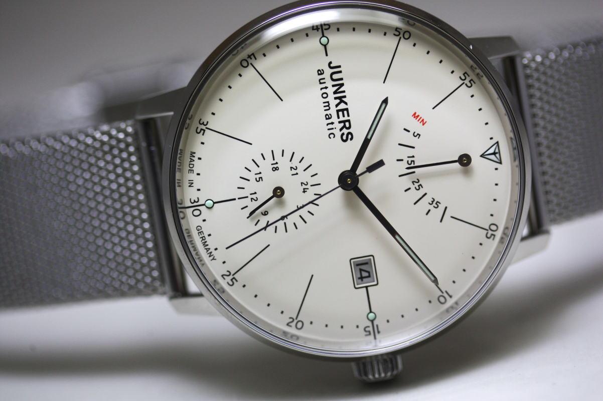 ドイツ製Junkers【ユンカース】Bauhaus【バウハウス】パワーリザーブ搭載自動巻き腕時計/メッシュバンド仕様