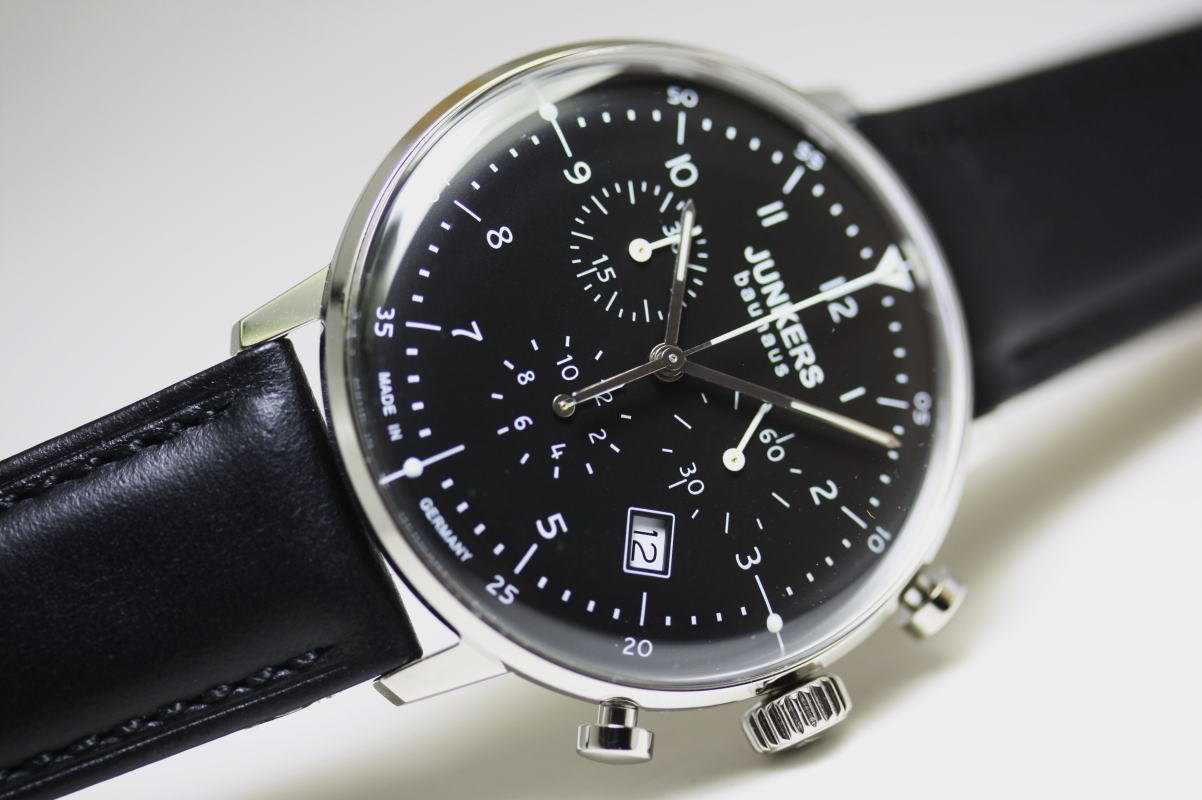 ドイツ製Junkers【ユンカース】Bauhaus【バウハウス】クォーツ・クロノグラフウォッチ/腕時計ブラック/正規代理店商品