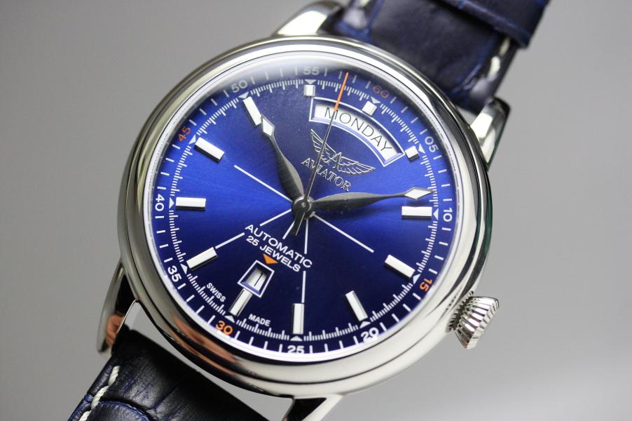 ロシアのAVIATOR【アビエーター】DOUGLAS DAY DATE 【ダグラス・デイデイト】自動巻き腕時計/スイス製自動巻き/アビアートル腕時計
