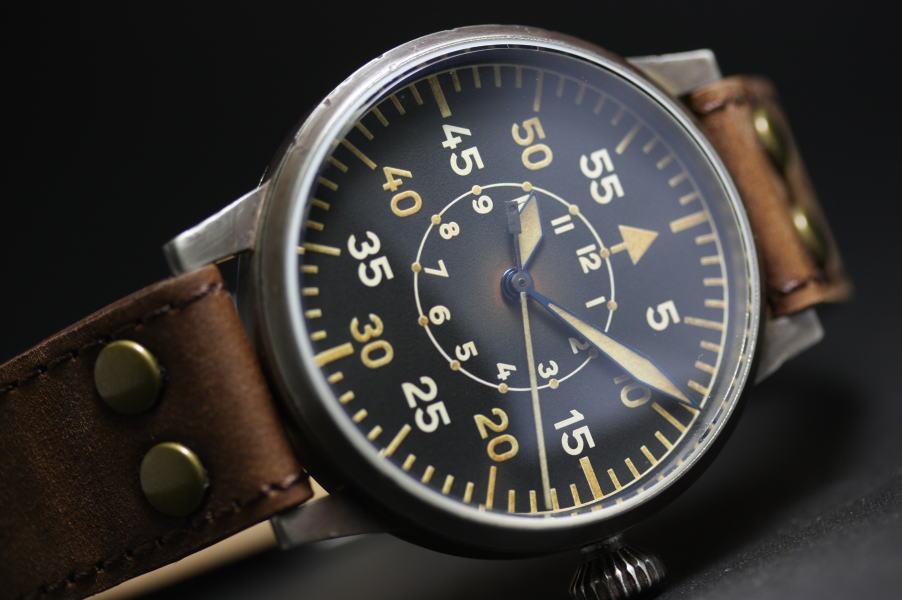 ダメージ加工を施したドイツ製LACO【ラコ】のオリジナル復刻ミリタリーウォッチ自動巻き腕時計/正規代理店商品
