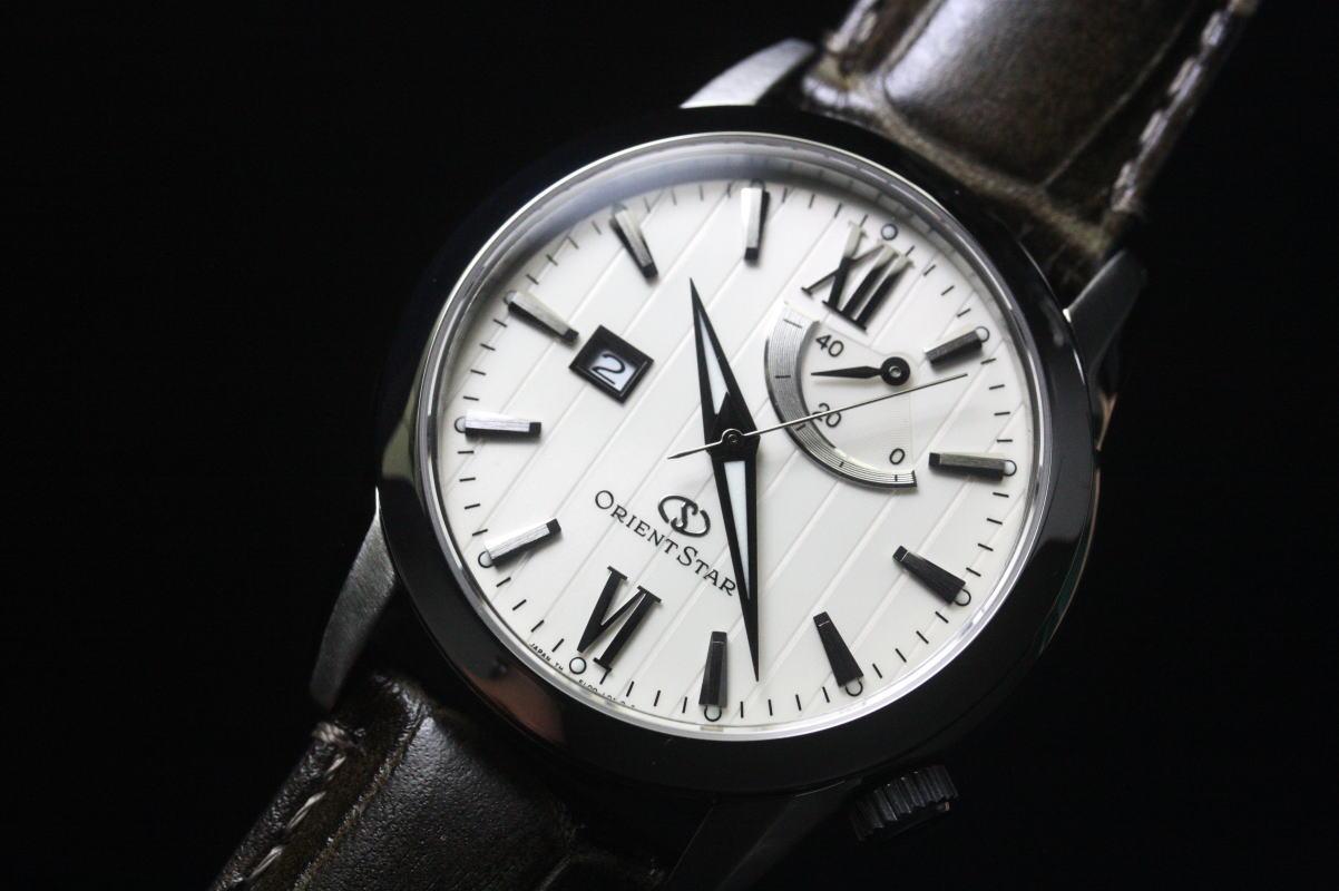 在日本制造的东方东方明星自动手表 / 动力储备与经典设计