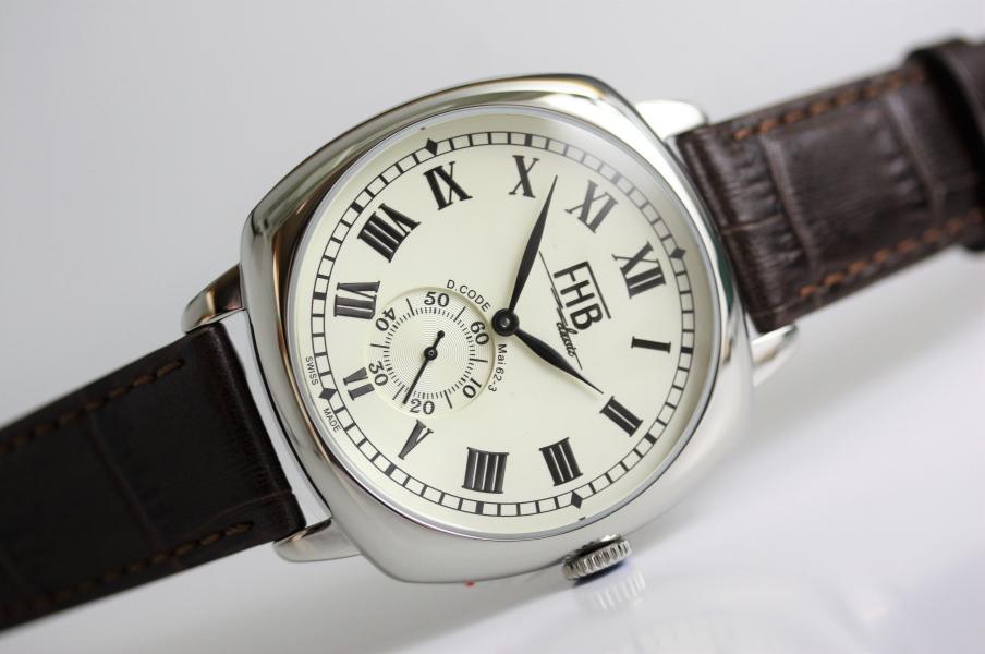 FHB Classic デザインウォッチ クッション型ケース採用腕時計 角形ケース クッション型ケース 男性用腕時計 海賊とよばれた男 鈴木亮平さん着用モデル 国内正規商品 F901-SWR