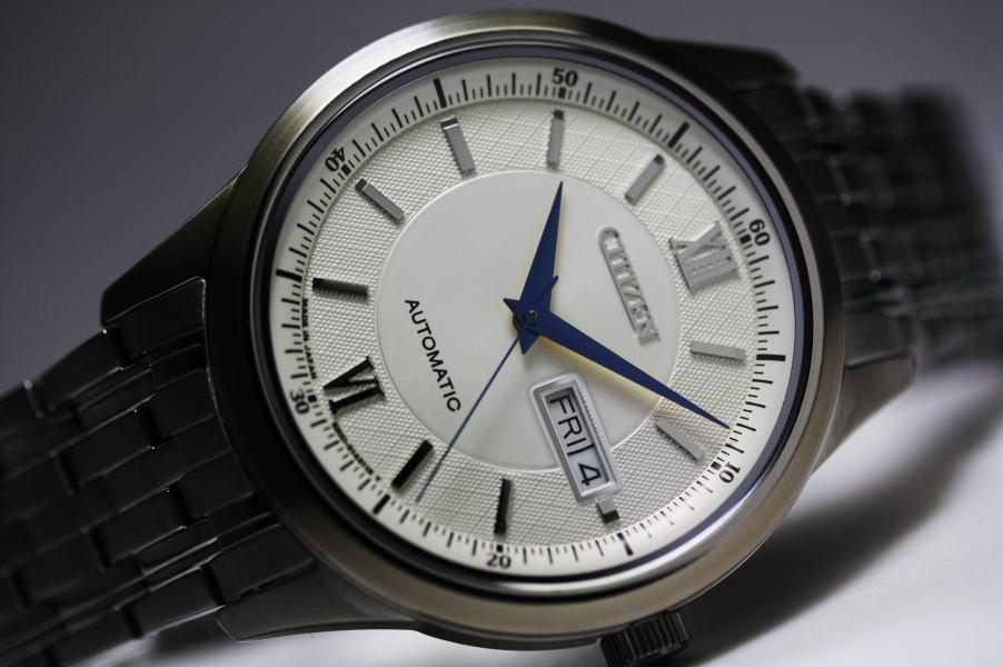 日本公民自动手表 /Made JAPAN/Cal.8200/ 日本国内正常模型中制造