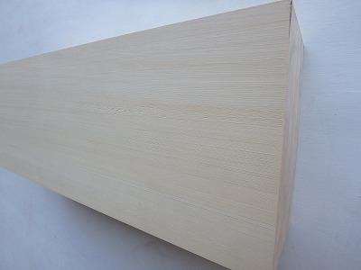 米ひば 無垢 角材 彫刻 能面 芯去り 無節 木材 【送料無料】 米ひば 無垢 角材 彫刻 能面 芯去り 無節 木材 【送料無料】