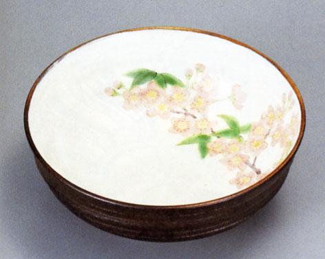 彩りのある器 チープ 鉢 九谷焼 桜 6号鉢 青良窯 有名な