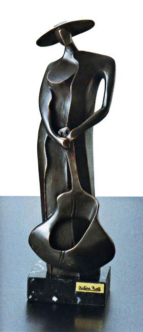 陶彫刻・ギターを持つ人A アート・贈り物としても喜ばれます