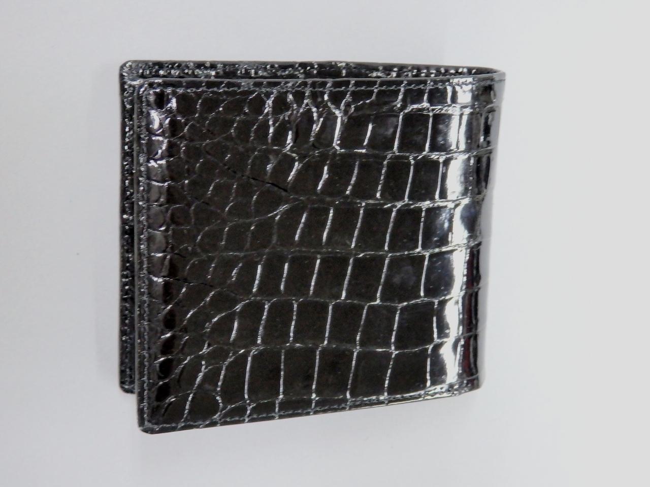 国産クロコダイル二つ折財布 ポリッシュブラック