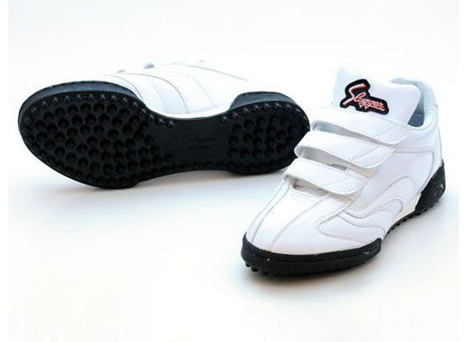 久保田スラッガー トレーニングシューズ 野球 D-690 ホワイト