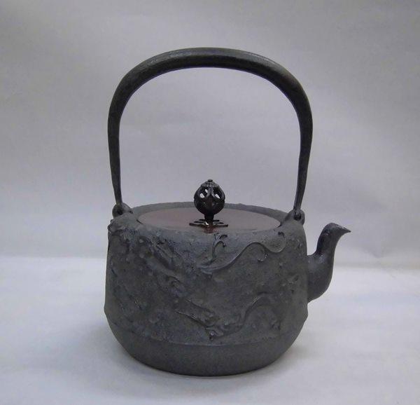 鉄瓶 雨龍(あまりゅう) 10号