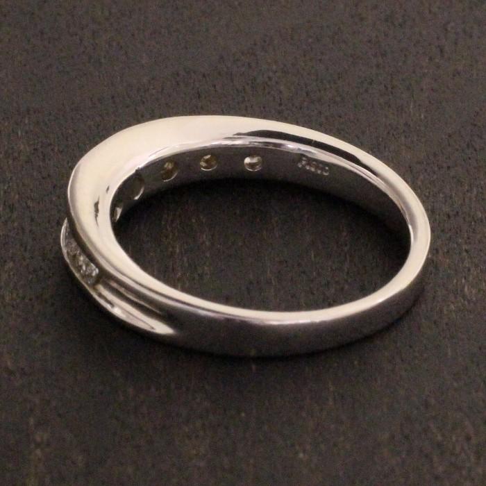 kawasumi送料無料 一文字リング ダイヤ ダイヤリング Pt ダイヤリング プラチナ リング プラチナ900 誕生日 記念日 プレゼント ギフト 贈り物 お値打ち お出かけ リサイズ 誕生日 プレゼント 指輪v0wNnm8O