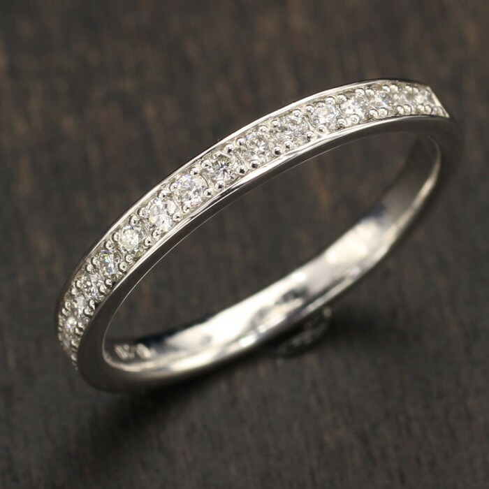 【kawasumi】 一文字リング ダイヤ ダイヤリング プラチナリング 一文字指輪 Pt ダイヤリング エタニティリング ダイヤ 17石 ハーフエタニティ ダイヤモンド お出かけ お値打ち 記念日 誕生日 プレゼント ギフト 贈り物 送料無料