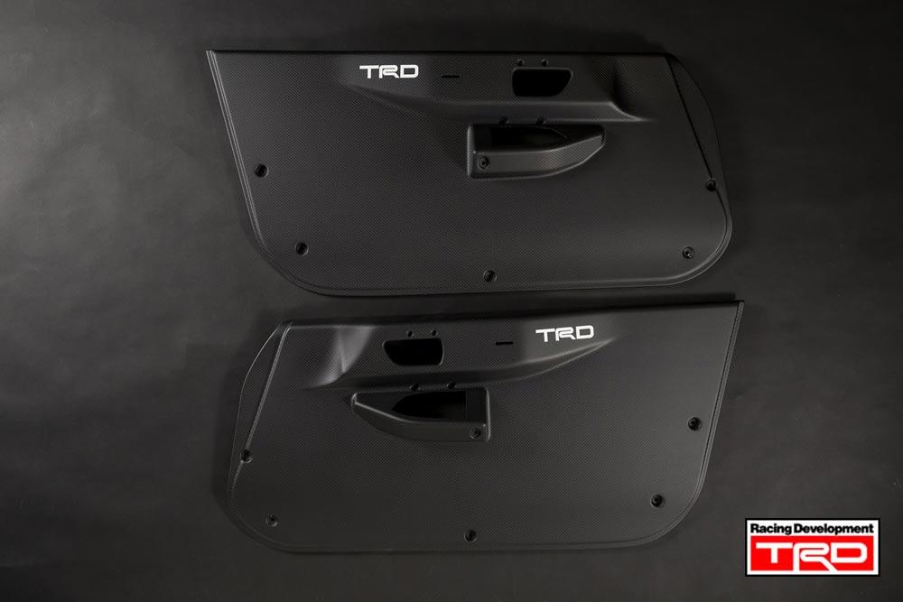 【 TOYOTA 86 (ハチロク) ZN6 / FA20 用 】 TRD ドライカーボンドアトリム 競技車用 (TRD Dry carbon doortrim)