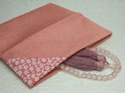 折りたたみタイプ ポイント5倍+クーポン セール 登場から人気沸騰 数珠袋 数珠入 ピンク 桜小紋 新入荷 流行