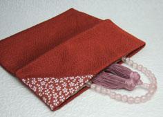 新作 折りたたみタイプ ポイント5倍+クーポン 日本 数珠 数珠袋 数珠入 桜小紋 赤茶