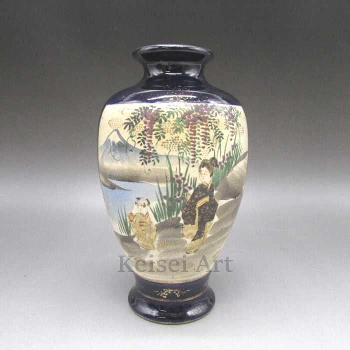 瑠璃地人物藤花風景文花瓶【 送料無料 】【 オールド薩摩 】【 中古 】
