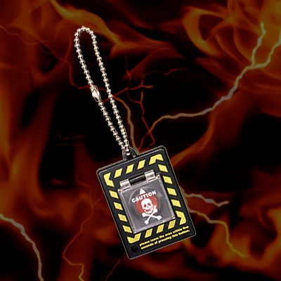系列是最小的!自杀性爆炸按钮MOBILE(便携式自杀性爆炸装置按钮)☆BLACK(黑色)-DoomsdayDeviceKeychain-