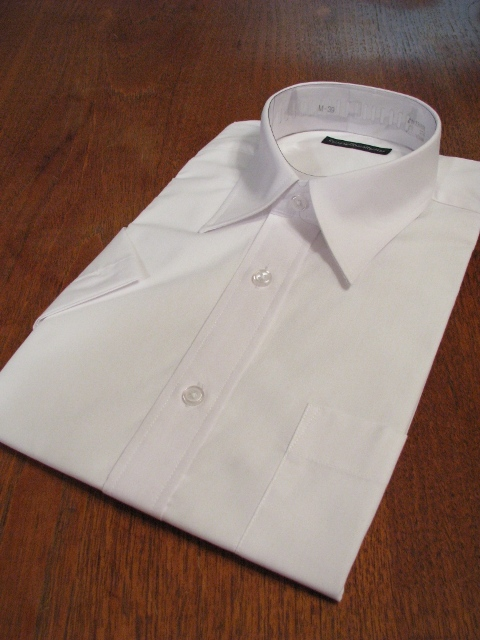 定番の白無地シャツ65 35 半袖 卸直営 売却 白 ワイシャツ