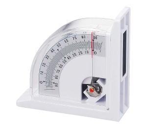在新潟精机水准测量仪器LM-90倾角的测量
