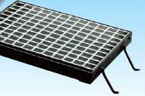 グレーチング溝蓋用110度開閉式 並目ノンスリップ グレーチング本体寸法600×389×60mm 形式記号WM-X45‐960グレーチング本体・受枠セット