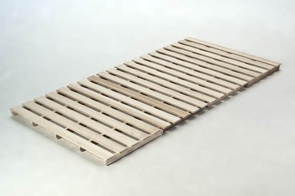 【送料無料】 重さ7.6kg! 組立いらずで着いたらすぐ使える 布団も干せる 天然木桐をふんだんに使った4つ折り すのこ ベッド インテリア・寝具・収納・ベッド・すのこベッド 【2sp_121225_red】