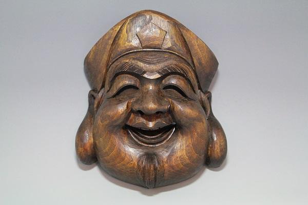 木彫り・・・楠 大黒面
