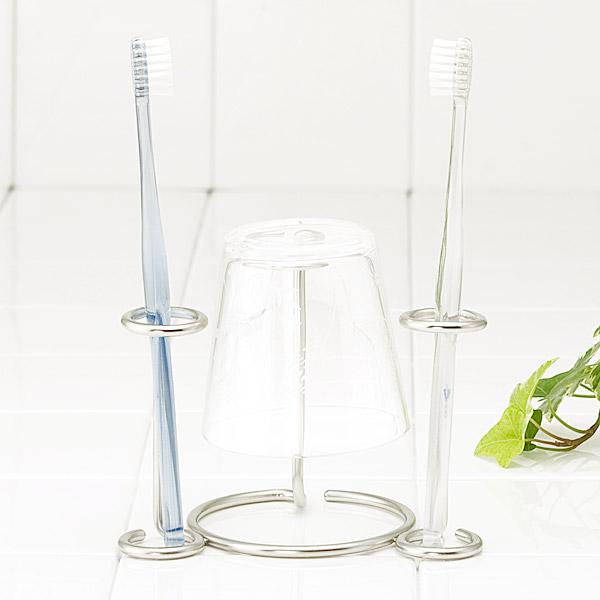 コップの水切りが可能なだけでなく ハブラシの収納もOK オンラインショップ KEYUCA公式店 ケユカ prusso 歯ブラシスタンド おしゃれ オシャレ シンプル デザイン ステンレス 歯ブラシ スタンド 歯ブラシホルダー 結婚祝い コップスタンド 洗面 かわいい コップ 期間限定の激安セール ハブラシ 収納 ホルダー 洗面所 はぶらし 歯ブラシたて 歯ブラシ立て 2人 歯ブラシ収納