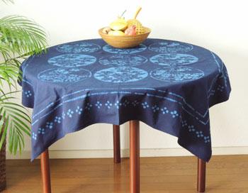テーブルクロス おしゃれ 和風の藍染め 和 花柄 山野柄 藍色 NV 紺 縦110cm 横110cm