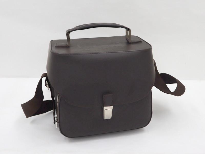 バッグ カバン 鞄 レザー レディース メンズ 【LOUIS VUITTON】ルイヴィトン チャーリー カメラバッグ モノグラムグラセ カフェ M46510【中古】/tm00186tg