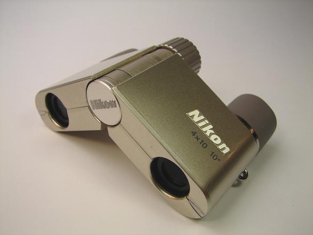 【送料無料】『遊 』4×10D CF シャンパンゴールド [倍率4倍][ニコン Nikon][ 双眼鏡 1万円以上 ]