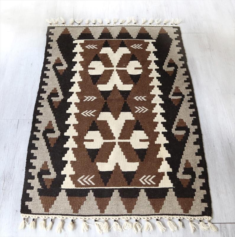 やわらかな織りのカイセリ産キリム・チェイレキ127×81cmナチュラルモノトーン
