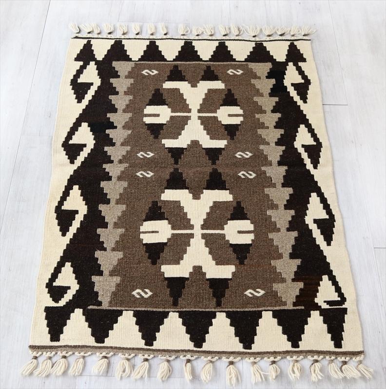 やわらかな織りのカイセリ産キリム・チェイレキ109×74cmナチュラルモノトーン