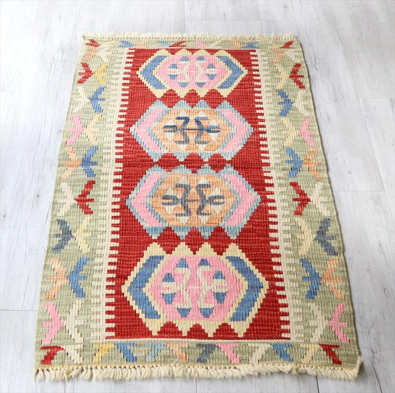 色にこだわるワンランク上のカイセリキリム・ヤストゥク105×64cmオオカミの足跡