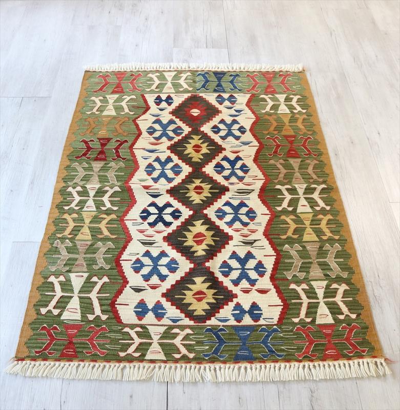 トルコ手織りキリム・ウシャク チェイレキ125×90cm5つのイーブルアイと狼の足跡