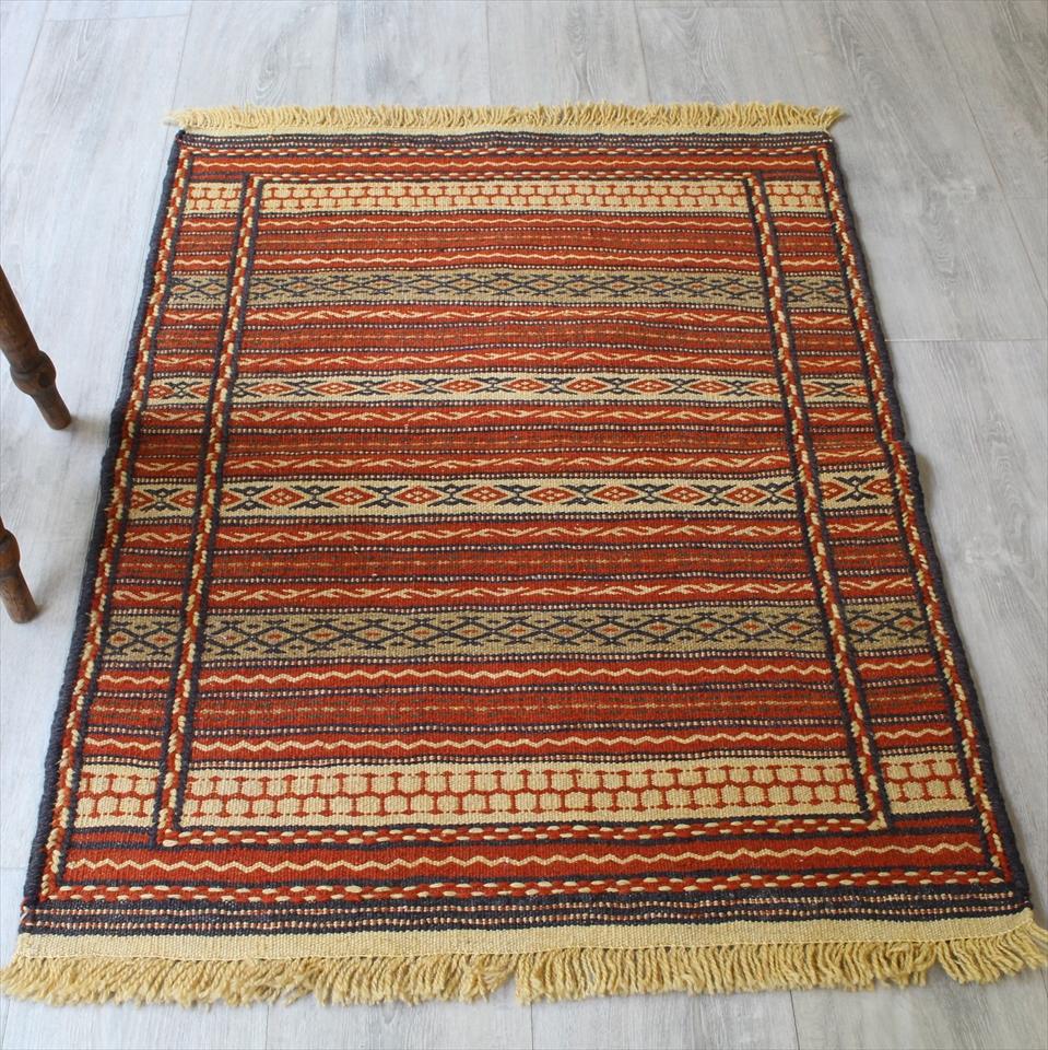 マシュハド・スザンニ織りのキリム103×73cmオレンジのジジム
