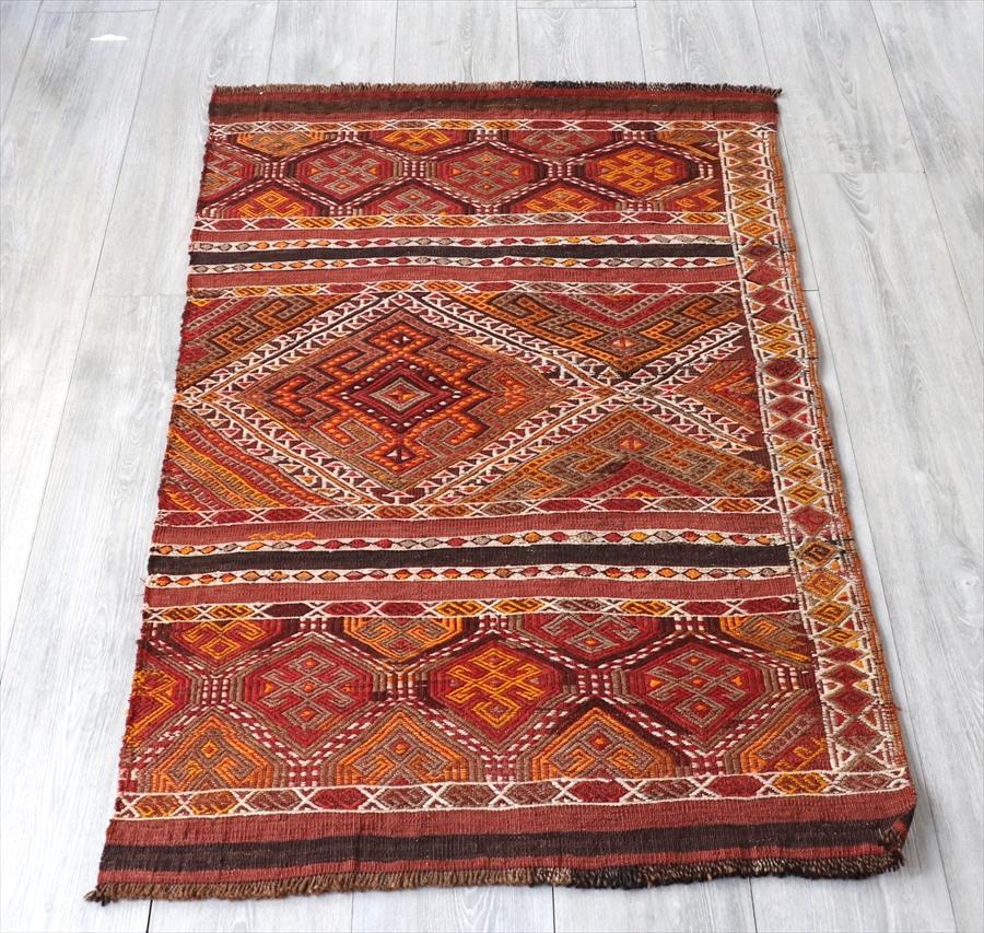 オールドキリム・ウルファ フラグメント120×78cm素朴な色使い 細かなジジム織り