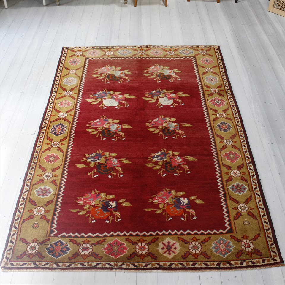オールドカーペット・チャナッカレ トルコ絨毯/カリヨラ245×160cm花束のモチーフ