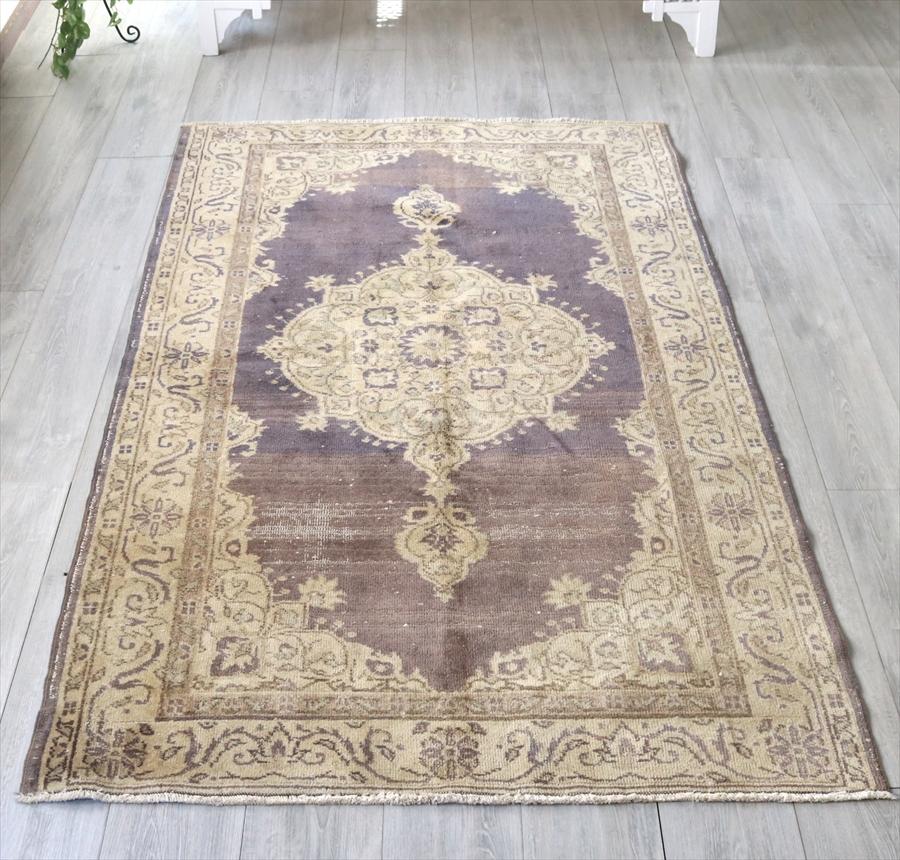 エリアラグ 部族絨毯 カイセリ/オールドカーペット・セッヂャーデ205×120cmパステルカラー・パープル&アイボリー